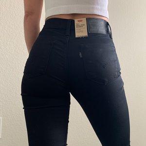 Levi's 721 high rise skinny jean in black